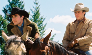Jake Gyllenhaal (l.) and Heath Ledger (r.) in Brokeback Mountain.