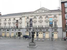 Teatro Espanol, with Lorca statue facing.
